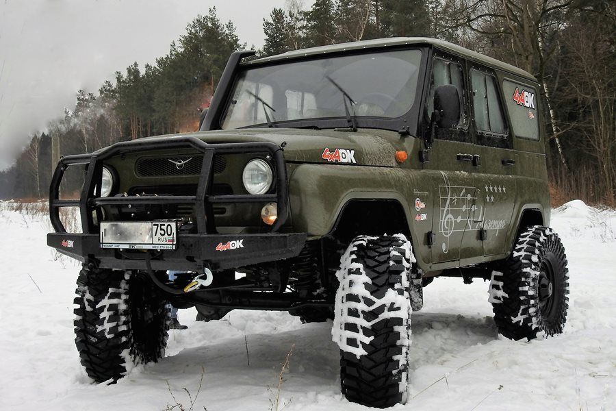 "Beside for the UAZ ""Buhanka"" TIBUS Bolt-on portals are also available for the UAZ ""Patriot"" which was introduced 2005 and the legendary ""Hunter""."