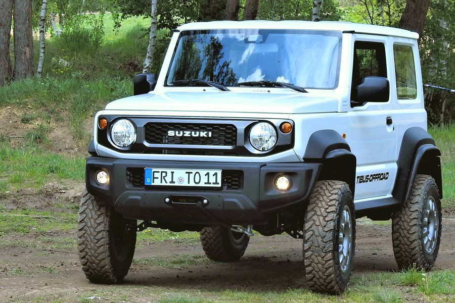 Only TIBUS Bolt-on portals make the Suzuki Jimny an ideal companion trough forest and open fields.