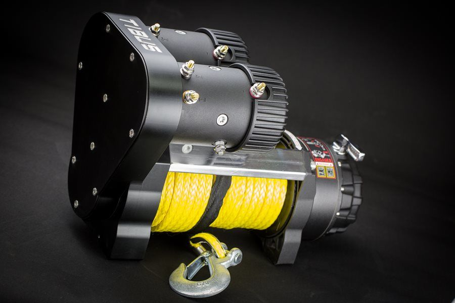 The TW 12000 winch comes with 30m synthetic rope, HD hook, aluminum fairlead, sealed solenoid and remote control.